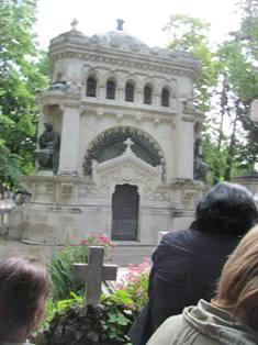 Гробницата на Христо и Евлоги Георгиеви